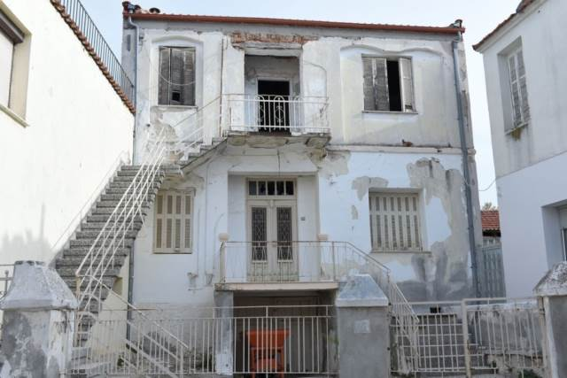 (For Sale) Residential Building || Serres/Nigrita - 329 Sq.m, 50.000€