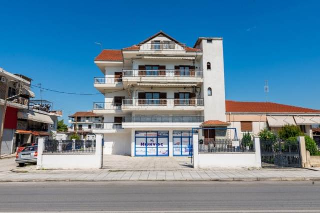 (For Sale) Residential Building || Drama/Drama - 556 Sq.m, 9 Bedrooms, 450.000€