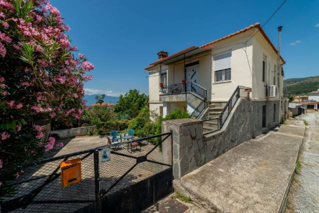 (For Sale) Residential Detached house || Kavala/Filippoi - 150 Sq.m, 4 Bedrooms, 46.000€
